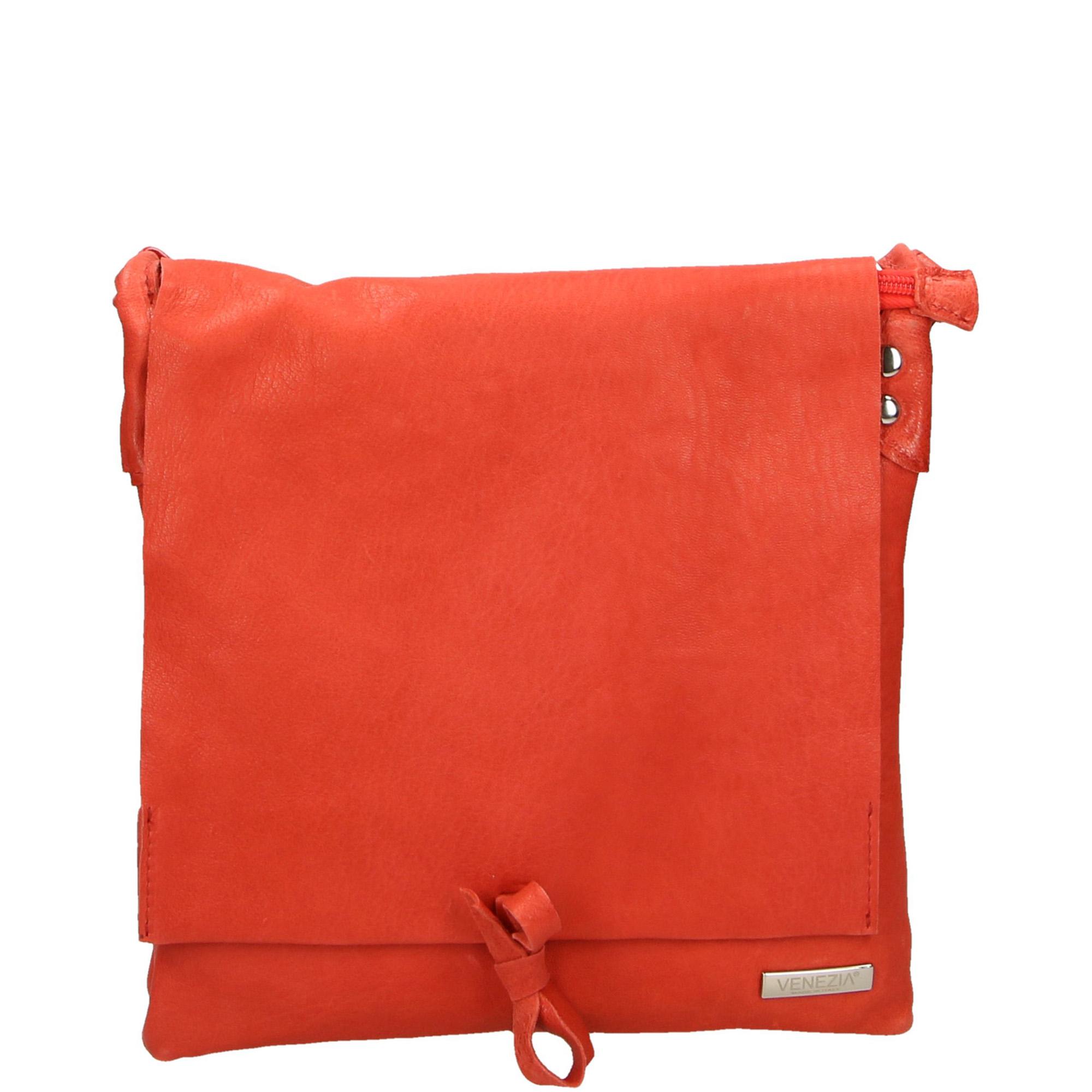 5d902481d1852 torebki i torby venezia czerwona listonoszka z długim paskiem - s2419b tex  ro - venezia